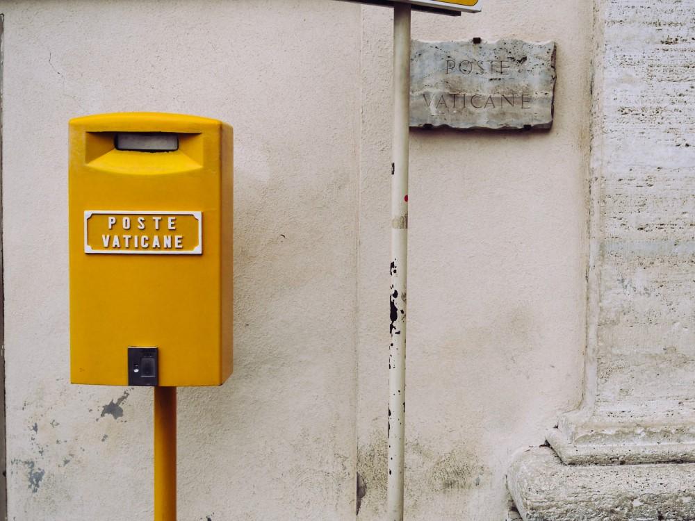 correo en el vaticano